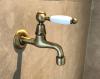 Klassieke muur fonteinkraan met witte hendel koud water brons 1208853512
